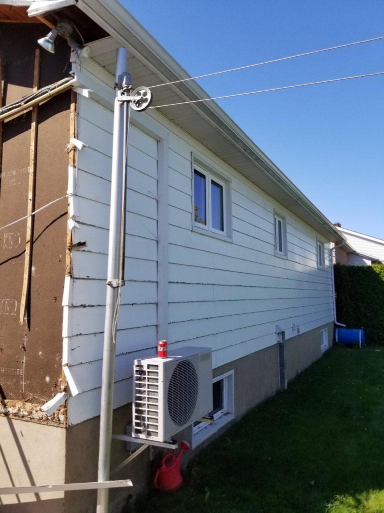 Remplacement de revêtement extérieur soffite et fascia résidentiel